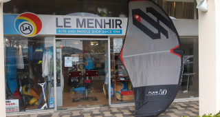 Le Menhir kite and paddle shop